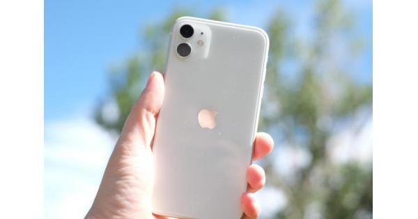 iPhone SE 2 với vóc dáng iPhone 8, cà khịa Camera iPhone 11